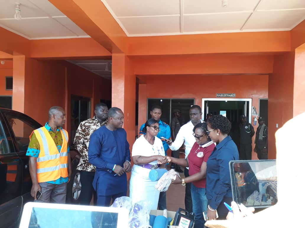 TANSPORT MINISTER HAS VISITED VICTIMS OF THE KINTAMPO ROAD ACCIDENT